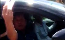 Tướng về hưu lăng mạ cảnh sát: 'Tôi có làm gì sai đâu'