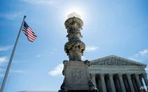 Tòa án Tối cao Mỹ: ông bà và cháu không nằm trong lệnh cấm nhập cảnh
