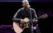 Ca sĩ chính của nhóm Linkin Park treo cổ tự vẫn