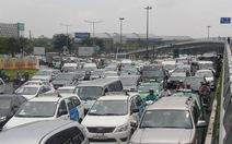 Nhiều giải pháp xử lý kẹt xe ở sân bay Tân Sơn Nhất