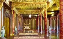 Di chuyển ngai vàng vua triều Nguyễn để tu sửa điện Thái Hòa