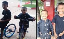 Hai cậu bé đạp xe 5 tiếng đồng hồ để thăm cha ở tù