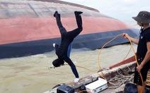 Tàu VTB 26 chìm do không trả hàng, neo đậu 6 ngày