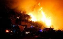 Cháy rừng dữ dội ở Pháp, 10.000 người sơ tán trong đêm