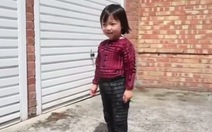Phát minh mới: quần áo 'lớn' cùng con trẻ