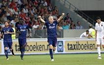 Ajax và Celtic cùng bị cầm chân