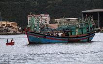 Tàu cá cùng 5 ngư dân chìm ở vùng biển Hoàng Sa