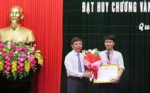 Quảng Bình thưởng học sinh hai lần giành HCV vật lý quốc tế
