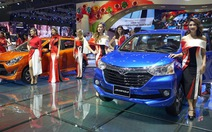 Hàng nghìn người ngắm xe đẹp, người đẹp tại Vietnam Motor Show 2017