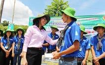 Phó chủ tịch UBND TP.HCM thăm chiến sĩ Mùa hè xanh tại Phú Yên