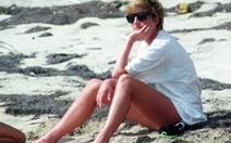 Công nương Diana tái xuất làm nước Anh rưng lệ