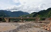 Thông xe cầu Nặm Păm, dân không còn cô lập