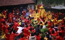 Khi nhiều lễ hội trình diễn nghi lễ vì mục tiêu kinh tế...