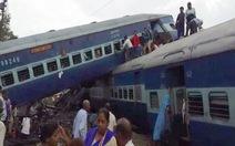 Tàu lửa Ấn Độ trật bánh, 10 người chết, hàng trăm người bị thương