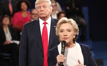 Bà Clinton thừa nhận 'sởn da gà' khi tranh luận với ông Trump