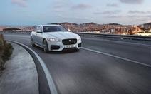Hỗ trợ 100% phí trước bạ và 1 năm bảo hiểm khi mua xe Jaguar XF