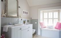 Ý tưởng thiết kế biến phòng tắm trở nên ấm áp hơn khi thu về