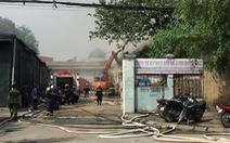 Cháy lớn tại cảng Hà Nội