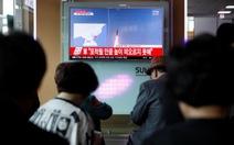 Giá vàng thế giới vọt mạnh theo tên lửa Triều Tiên