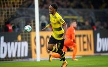 Aubameyang lập hat-trick, Dortmund hạ Moenchengladbach bằng tỉ số ván quần vợt