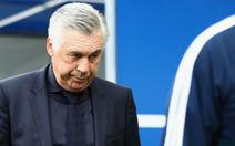 B.M sa thải HLV Ancelotti