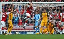 Arsenal thắng dễ tân binh Brighton