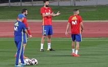 Bị phản đối, Pique bỏ ngỏ khả năng chia tay tuyển Tây Ban Nha