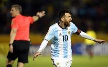 Clip những tình huống đá chú ý trận Ecuador - Argentina: 1-3