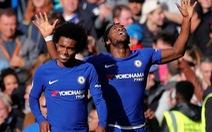 Batshuayi lập cú đúp, Chelsea thắng kịch tính Watford