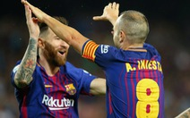 Thắng dễ Malaga, Barcelona bỏ xa Real Madrid 8 điểm