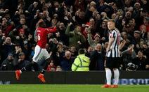 Pogba tái xuất ấn tượng, M.U ngược dòng hạ Newcastle