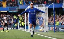 Hazard lập cú đúp, Chelsea ngược dòng đá bại Newcastle