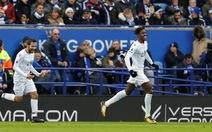 Leicester thảm bại trước Crystal Palace