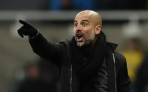 HLV Guardiola từ chối tranh luận với Mourinho