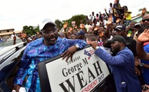 Cựu danh thủ George Weah chưa chính thức đắc cử tổng thống Liberia