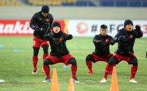 """""""U-23 VN sẽ vượt qua cái lạnh ở Côn Sơn"""""""
