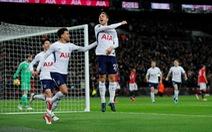 """""""Phơi áo"""" trước Tottenham, M.U bị M.C bỏ xa 15 điểm"""
