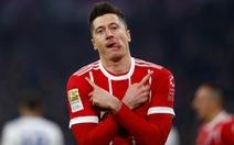 Lewandowski và Mueller lập công, B.M đá bại Schalke