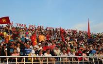 Sân Bình Phước quá tải trước trận đấu của các tuyển thủ U23 Việt Nam