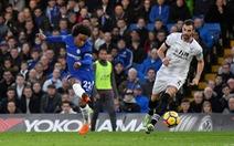 Chelsea sống lại hy vọng vào top 4