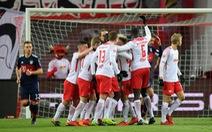 B.M thua ngược Leipzig ở sân Red Bull Arena