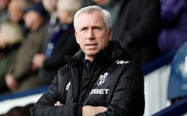 West Brom chia tay HLV Alan Pardew
