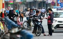 Sân Hàng Đẫy xuất hiện vé chợ đen trước trận Hà Nội-HAGL