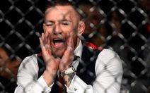 McGregor tấn công xe buýt chở các võ sỹ MMA