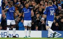 Điểm tin sáng 24-2: Walcott giúp Everton hạ Newcastle