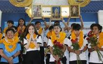 Tuyển nữ Thái Lan được thưởng 25 tỉ đồng
