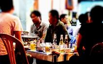 """TP.HCM: Tăng thuế, làm sao """"quản"""" bia các tỉnh khác vào?"""