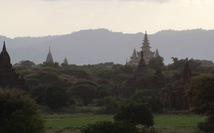 Kỳ vĩ thung lũng với 2.000 ngôi đền cổ kính