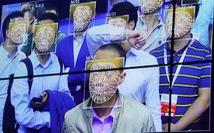 Một giáo sư Trung Quốc đâm đơn kiện vì đi coi khỉ cũng phải quét... khuôn mặt