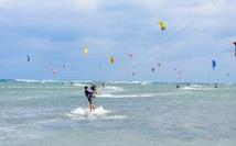 Ninh Chữ - điểm đến của lướt ván diều quốc tế